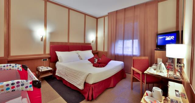 Spacious and comfortable for families, holidays in Rome, Termini station